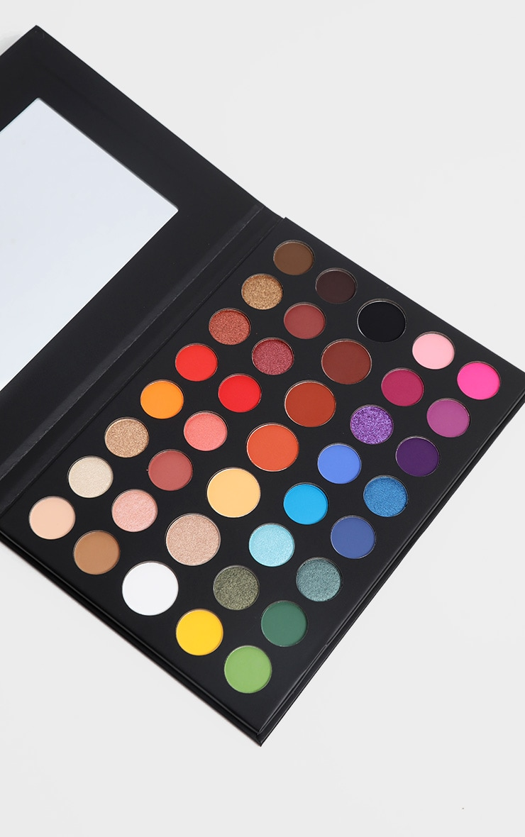 Morphe X James Charles Limited Edition Little Sisters Eyeshadow Palette 1