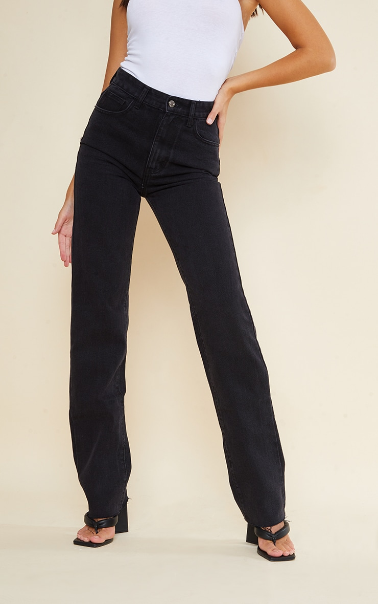 PRETTYLITTLETHING Tall Washed Black Long Leg Straight Jeans 2