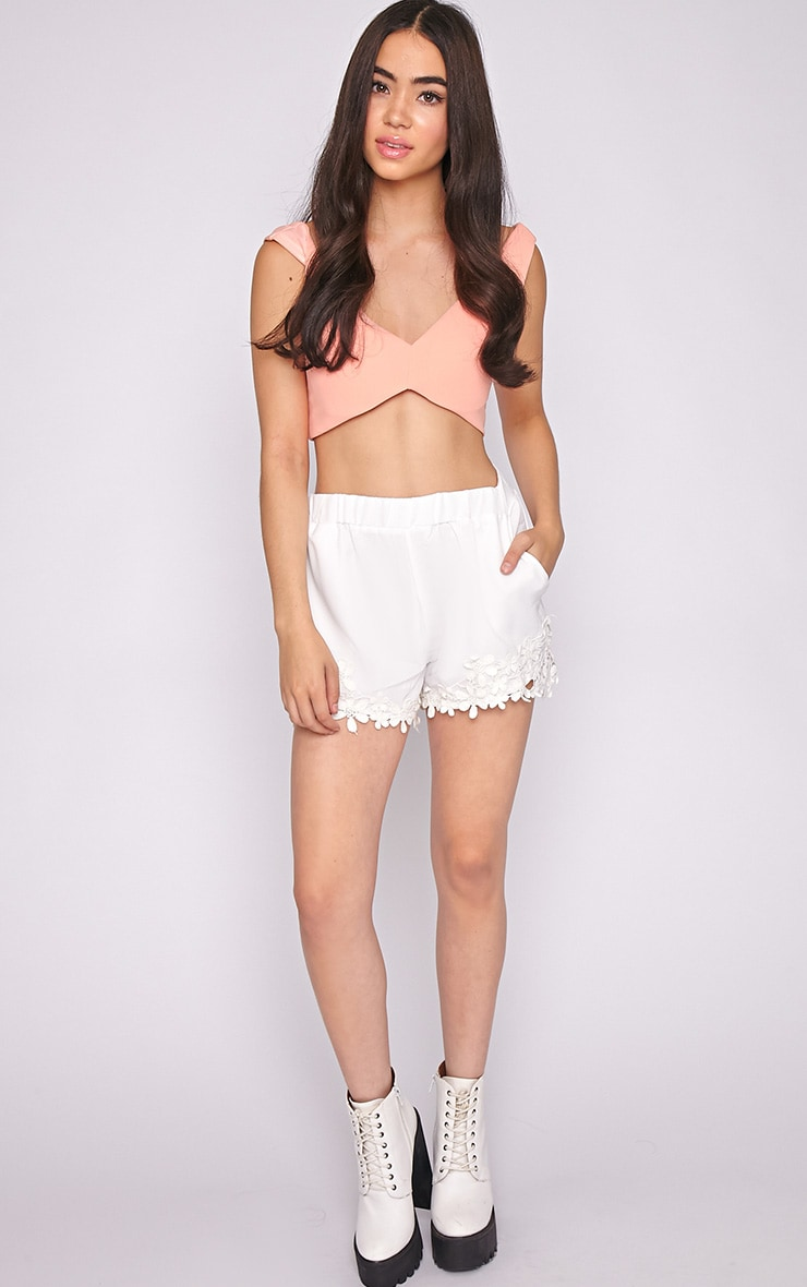 Lyra White Floral Trim Short -M/L 5