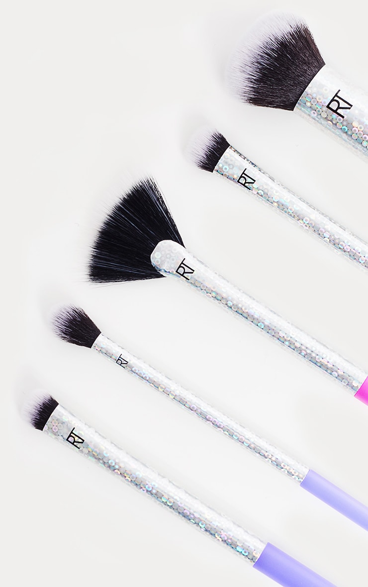 Real Techniques Brush Goals Set by Prettylittlething