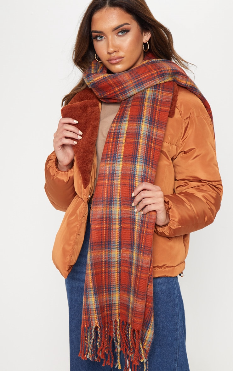 Écharpe tartan orange. Accessoires   PrettyLittleThing FR 769a4466b85