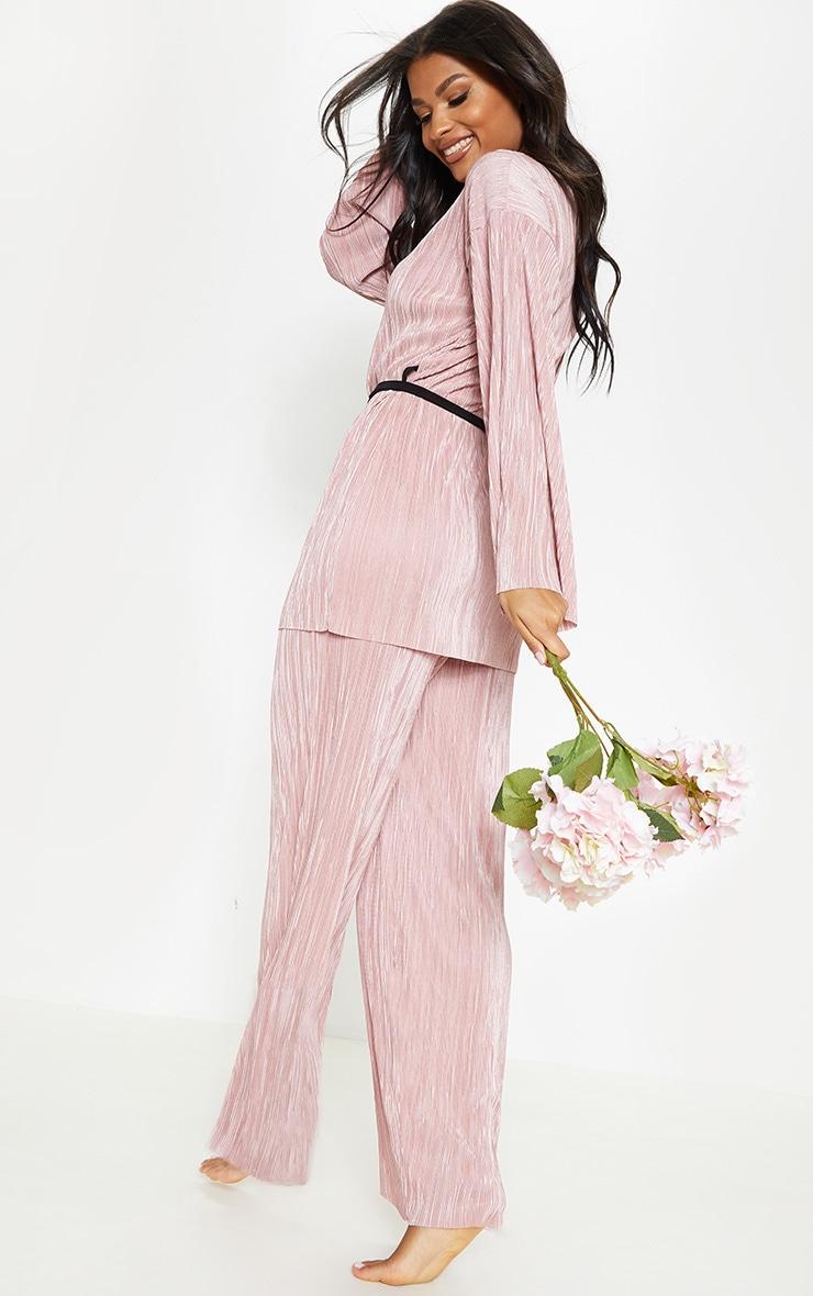 Rose Plisse Long Sleeve Robe 2