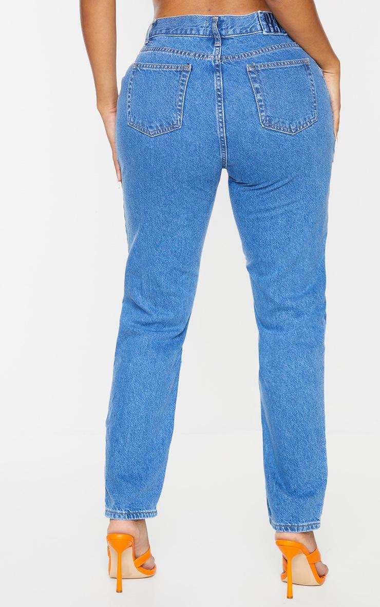 PRETTYLITTLETHING Shape Mid Blue Wash V Front Waistband Straight Leg Jeans 3