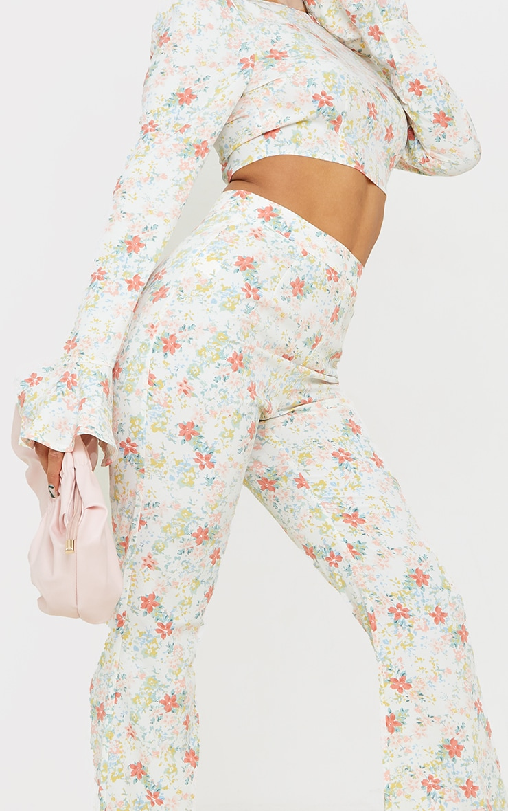 Light Pink Floral Printed Woven High Waisted Flared Trousers 4