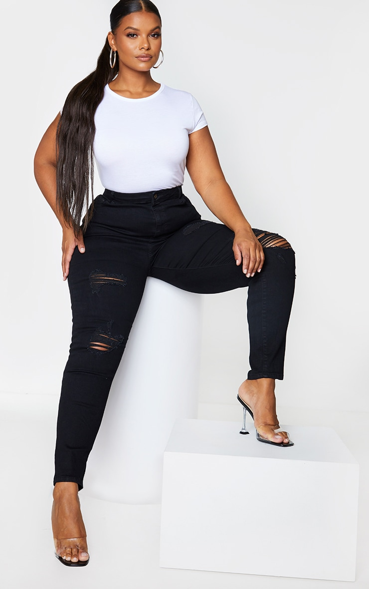PRETTYLITTLETHING Plus Black Distressed 5 Pocket Skinny Jeans 1