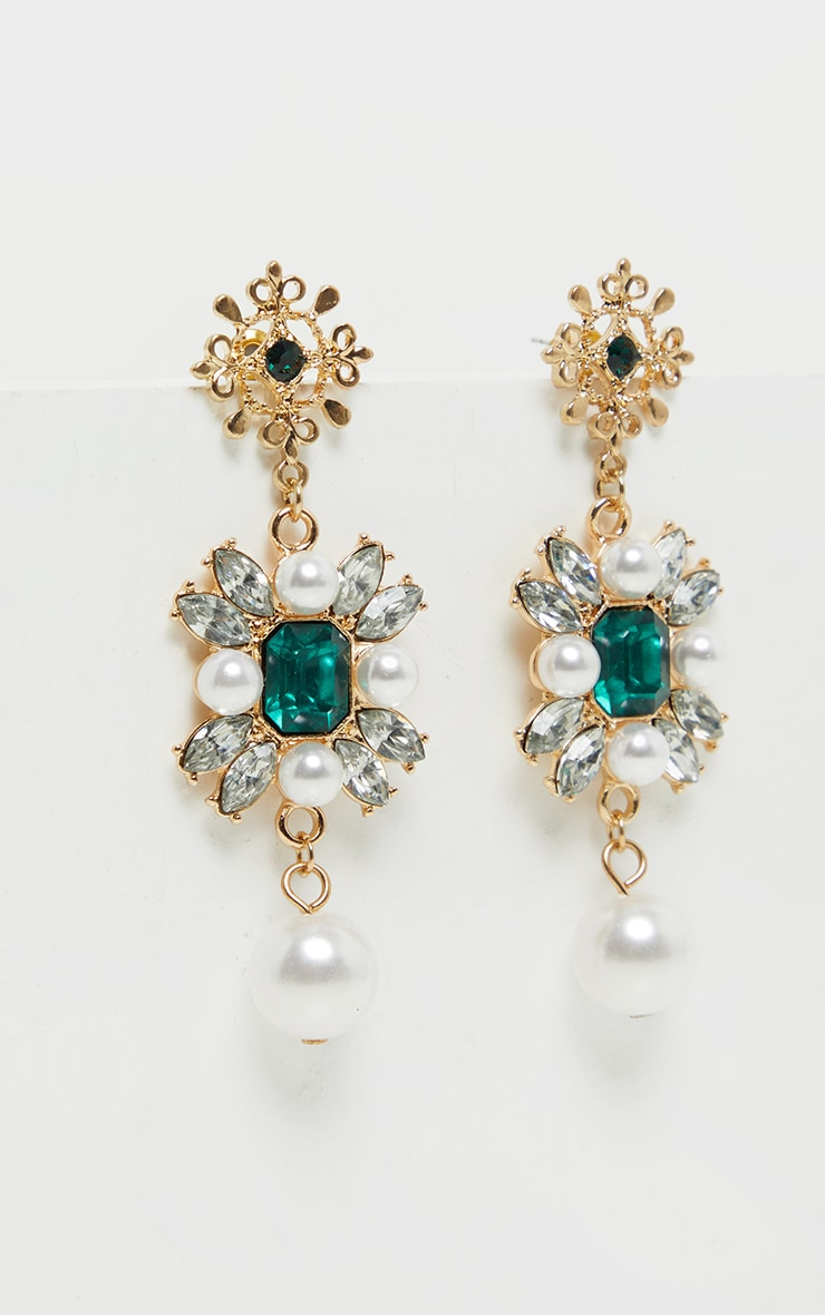 Green Crystal Pearl Earrings 2