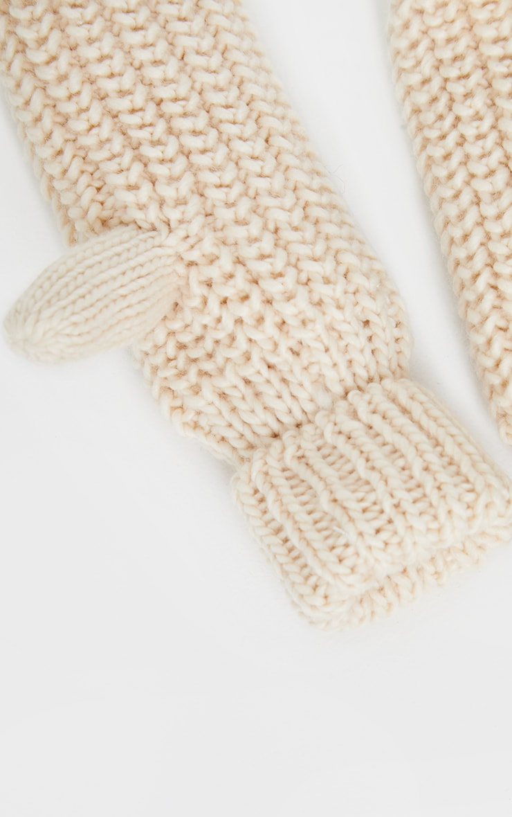 Cream Knitted Mittens 3