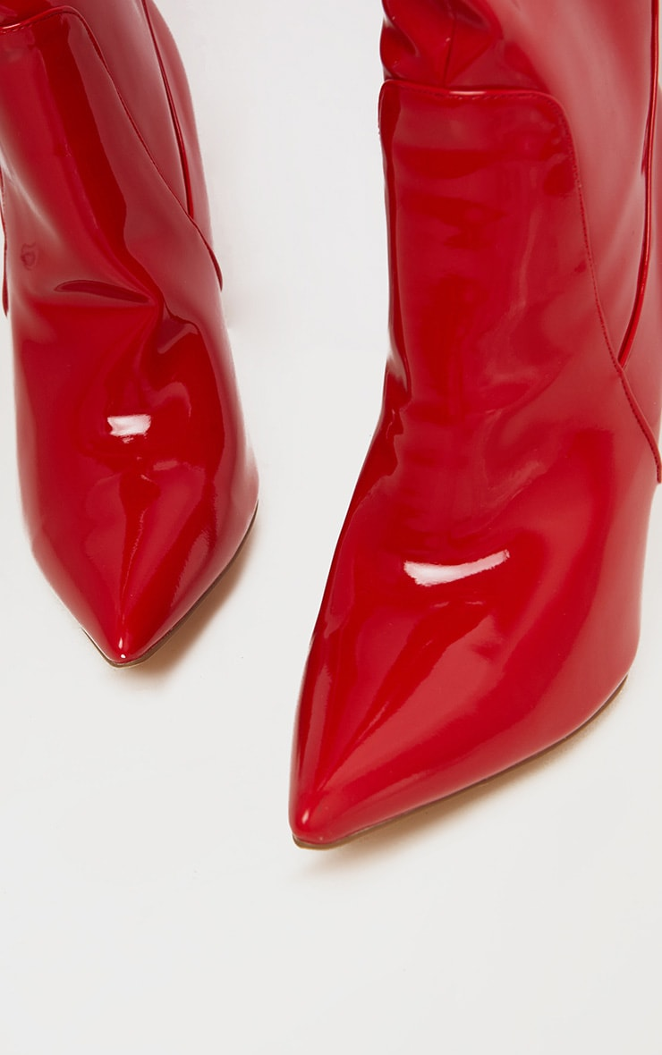 Cuissardes très pointues rouges style western