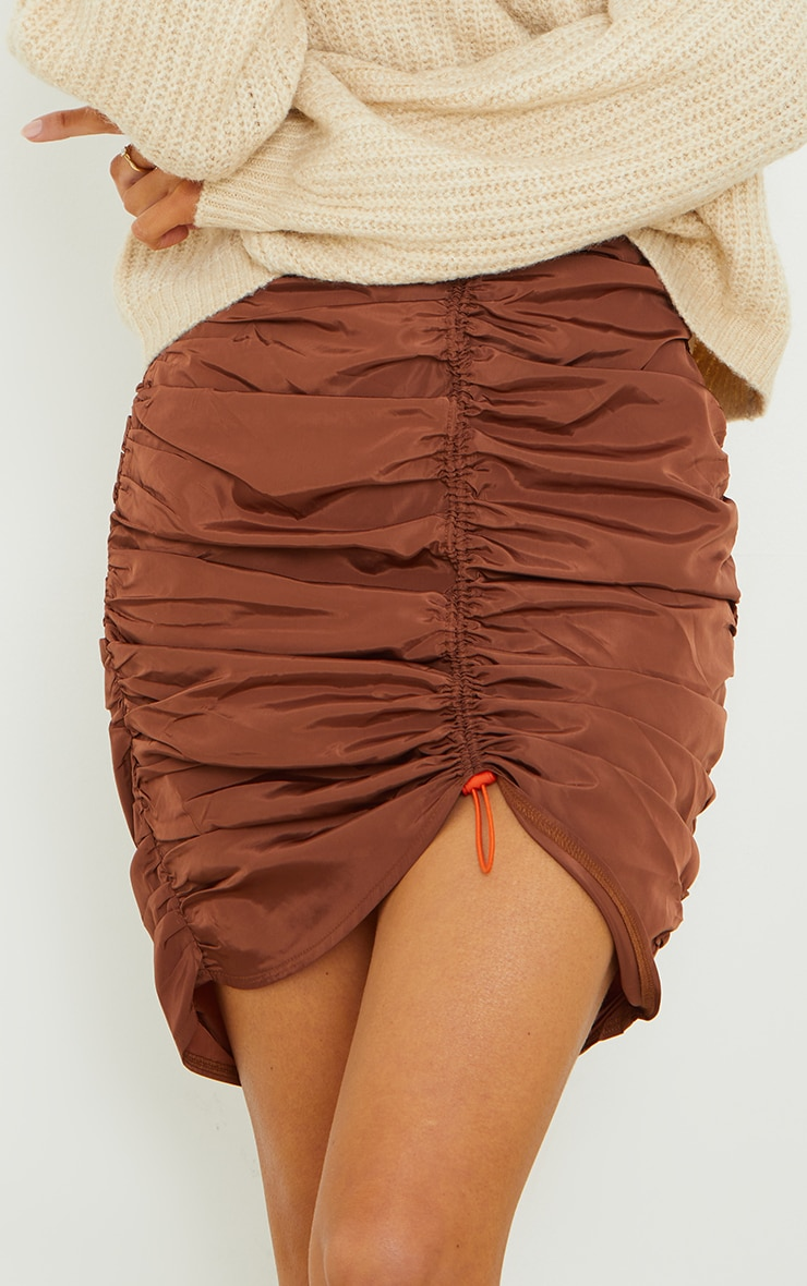 Chocolate Shell Toggle Ruched Front Mini Skirt 4