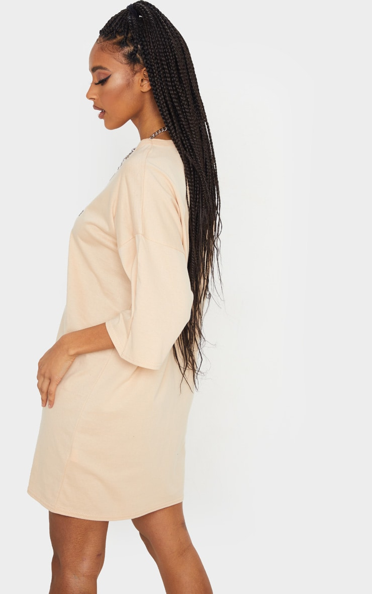 PRETTYLITTLETHING Fawn Aw19 Oversized T-Shirt Dress 2
