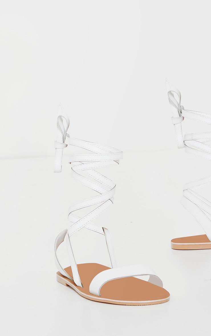 Sandales pointure large basique à brides blanches en cuir 5