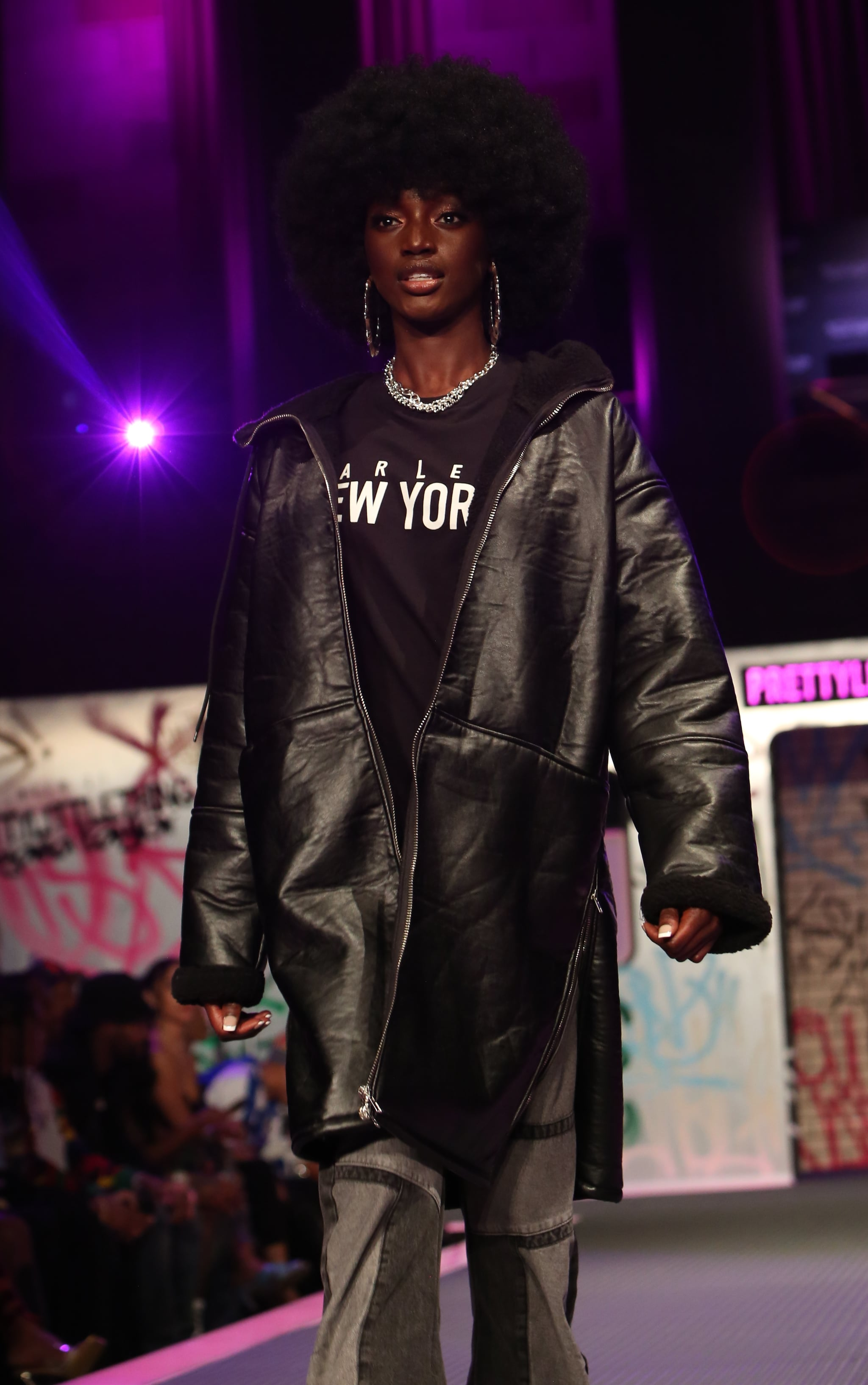 T-shirt unisexe oversize noir imprimé Harlem 1