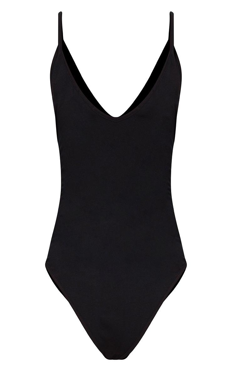 Basic Body-string noir à bretelles et décolleté plongeant 4