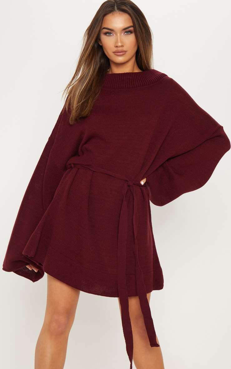 583041a0417 Robe pull bordeaux oversized à ceinture. Robes