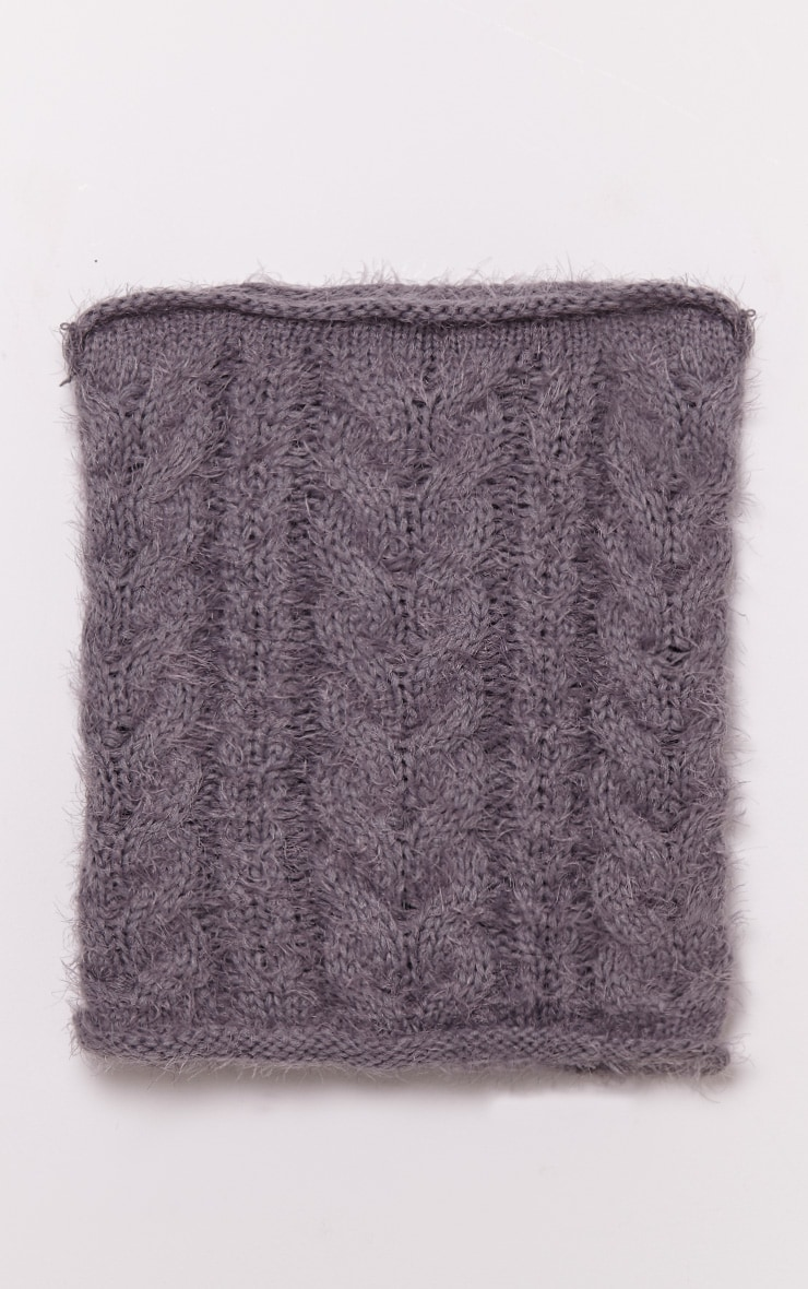 Two Pack Grey Knitted Beanie and Snood 4