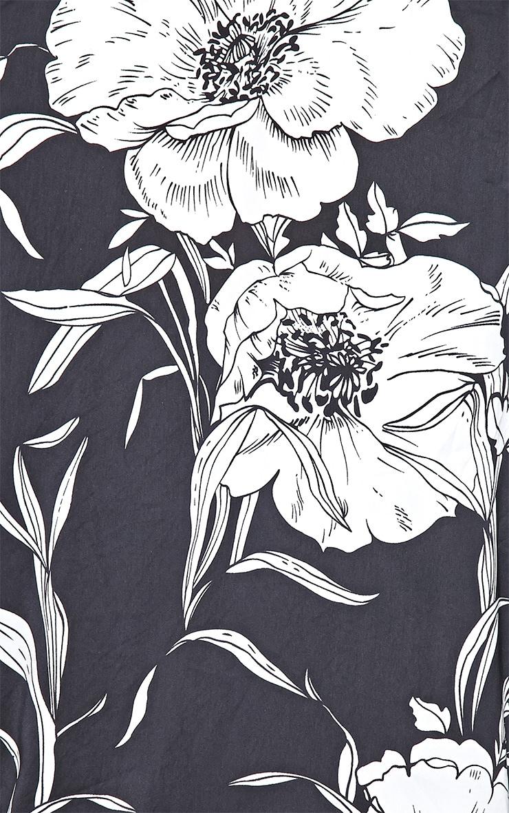 Ireni Black Bold Floral Print Kimono 4