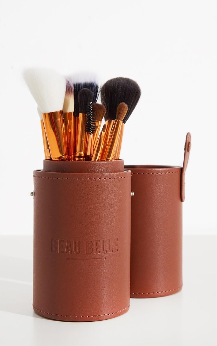 Beau Belle Brushes Bronze Pot