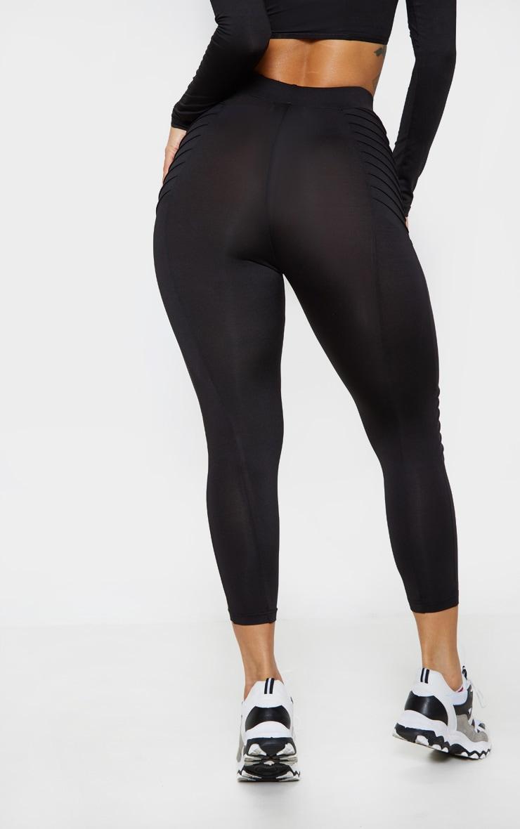 Black Ribbed 3/4 Gym Legging 4