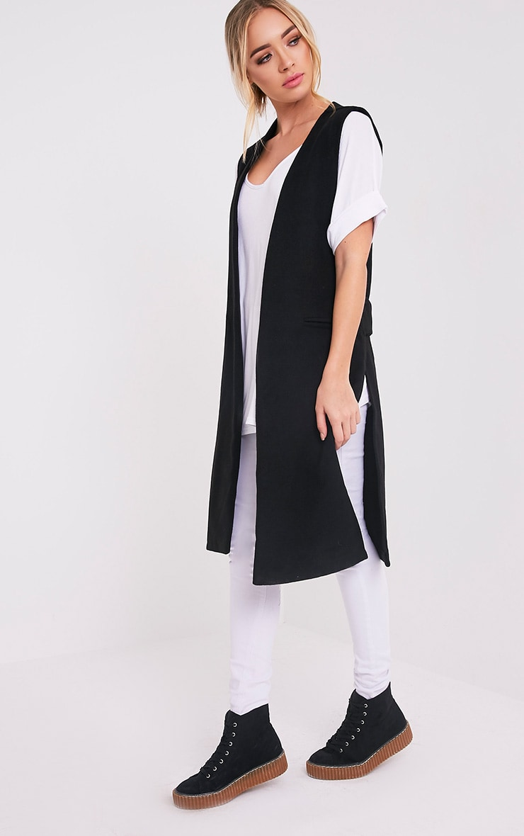 Finni Black Sleeveless Longline Jacket 1