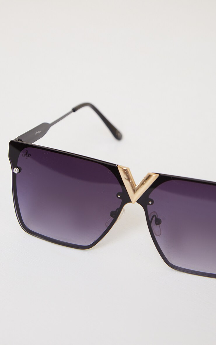 Jeepers Peepers Black Cut Out Trim Square Frame Sunglasses 3