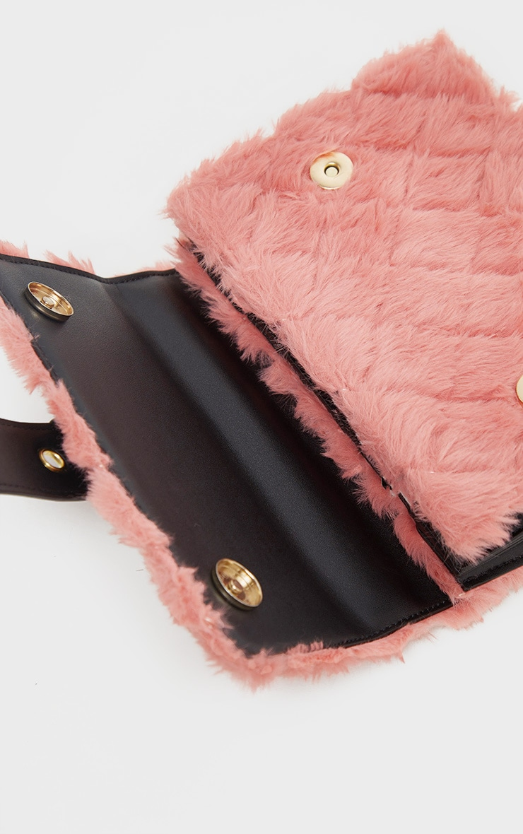 Dusty Rose Faux Fur Quilted Buckle Cross Body Bag 4