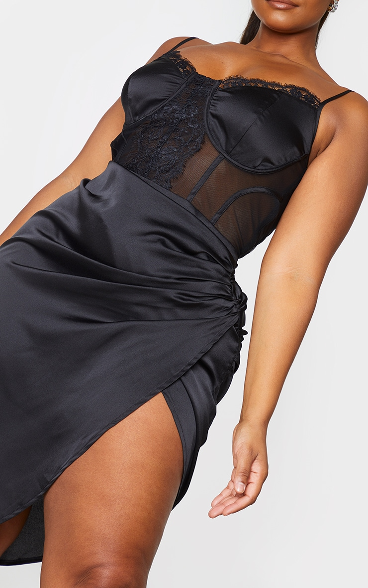 Plus Black Lace Insert Cup Detail Ruched Side Midi Dress 4