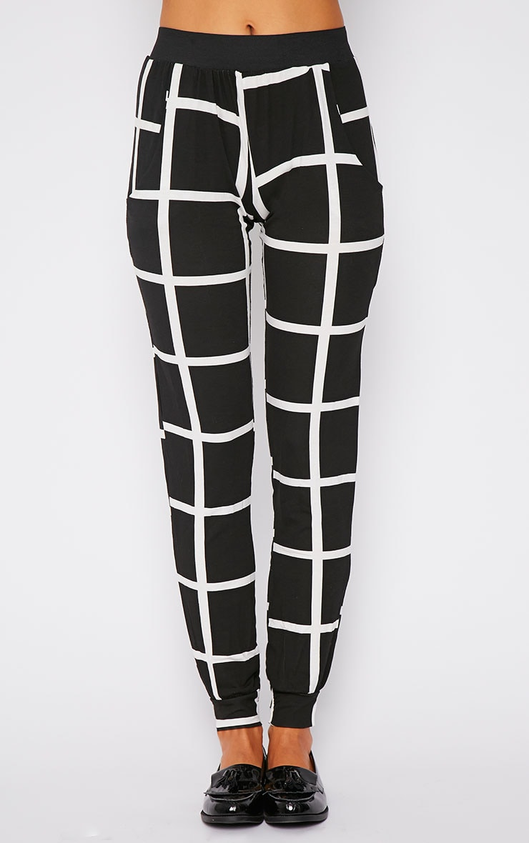 Leah Monochrome Square Print Trousers 3