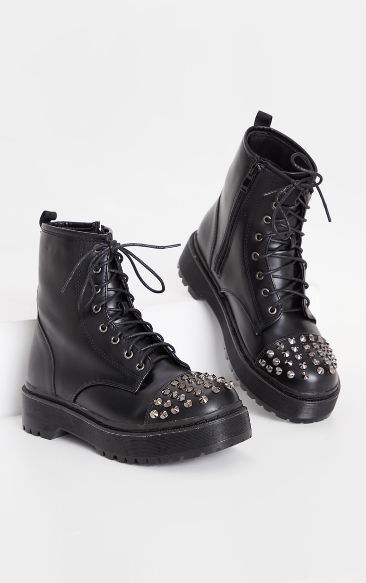 Black Stud Toecap Chunky Lace Up Boot 4
