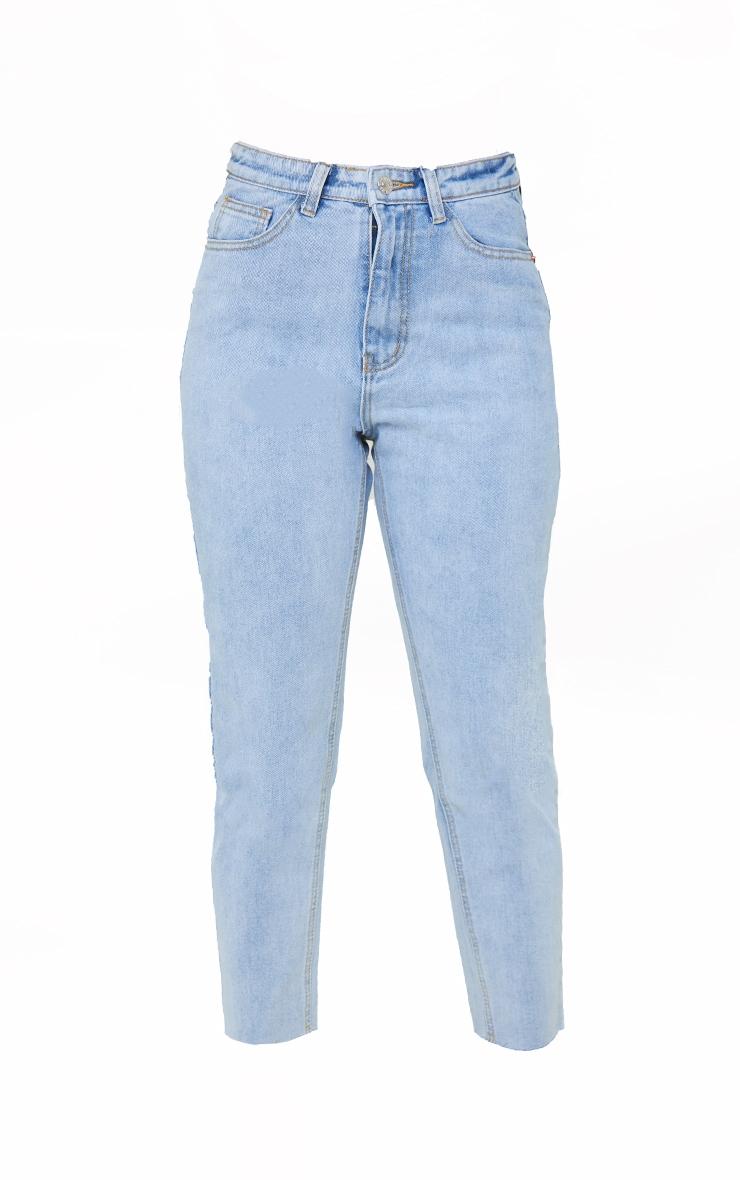 PRETTYLITTLETHING Petite Light Blue Wash Raw Hem Cropped Slim Mom Jeans 5