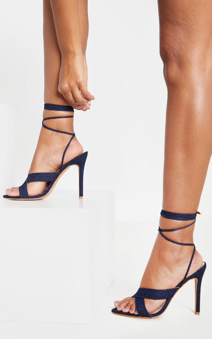 Sandales en jean foncé à brides croisées montantes 1