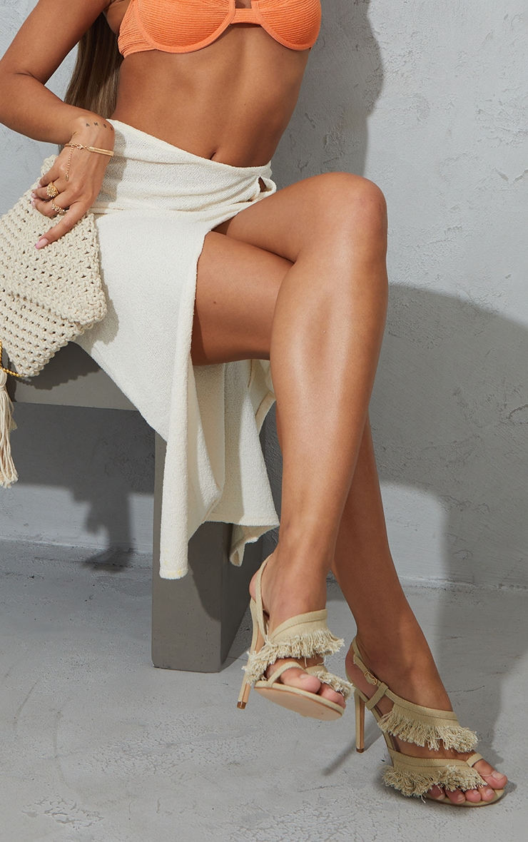 Natural Woven Fringe Toe Loop High Heeled Sandals 1