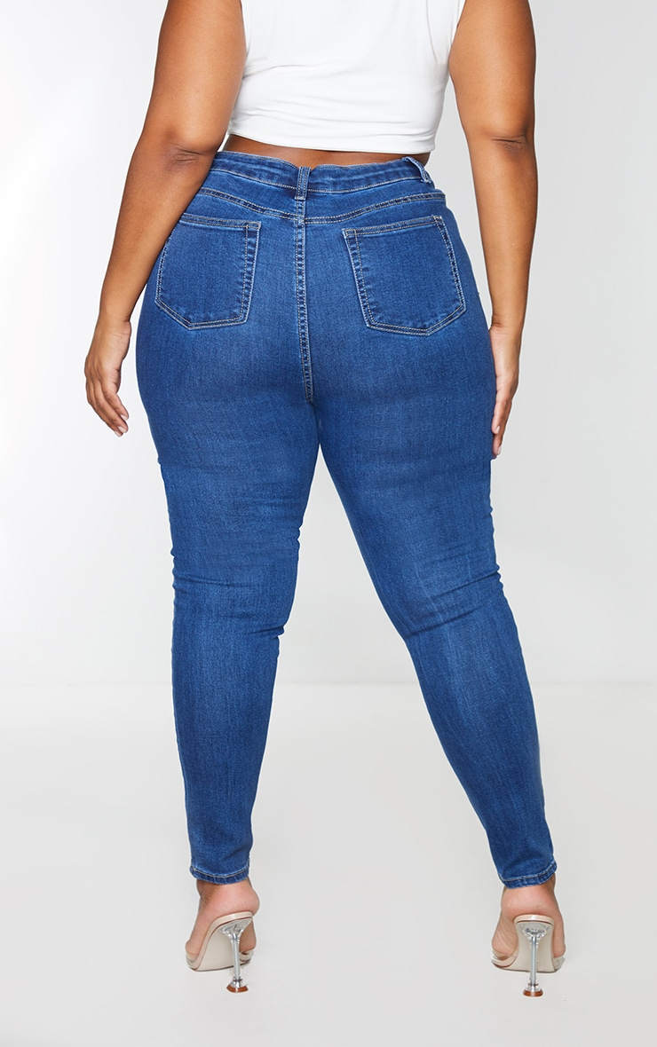 PRETTYLITTLETHING Plus Mid Wash 5 Pocket Knee Rip Skinny Jean 3