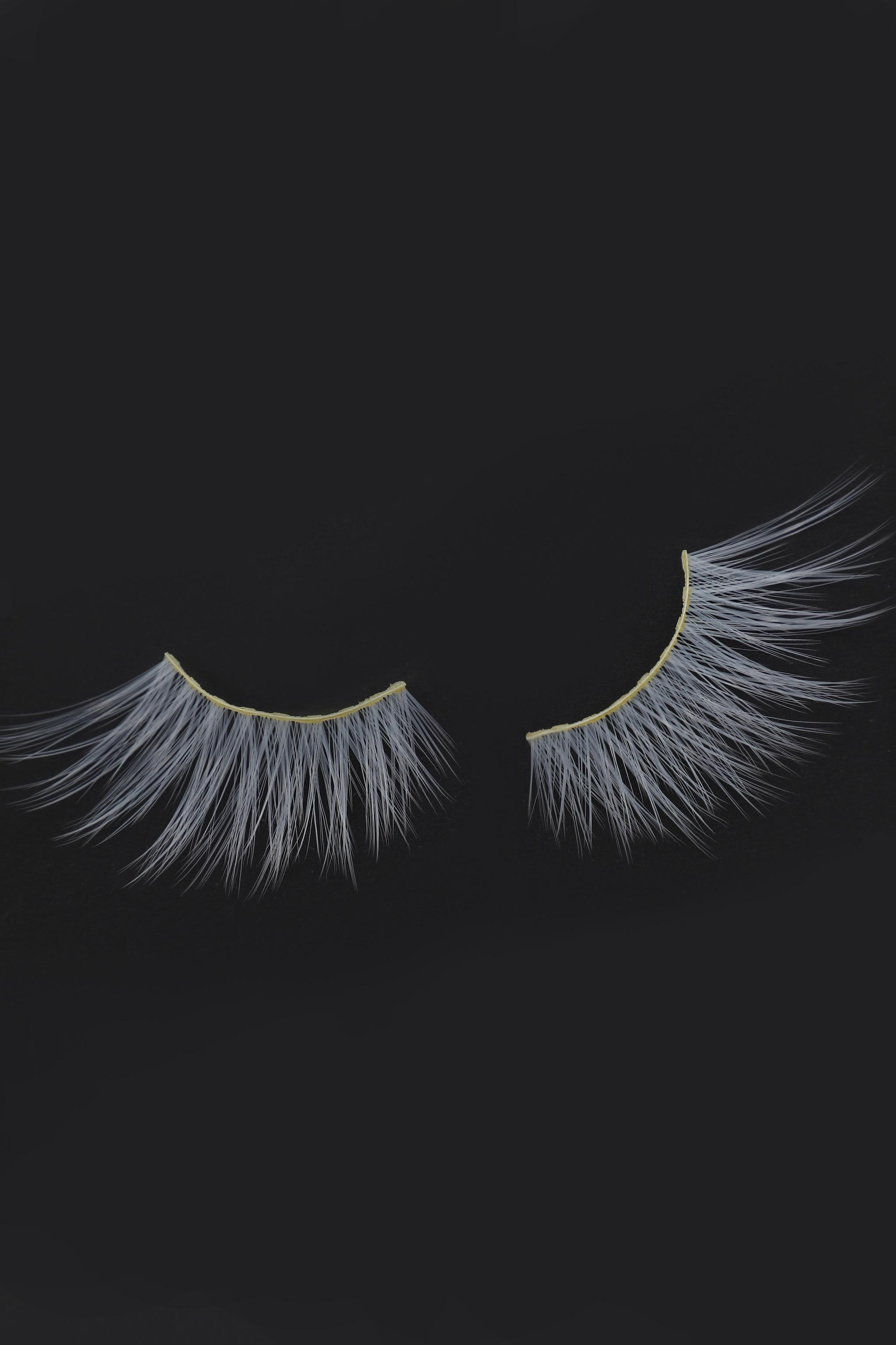 Eldora Halloween B803 White Eyelashes 2