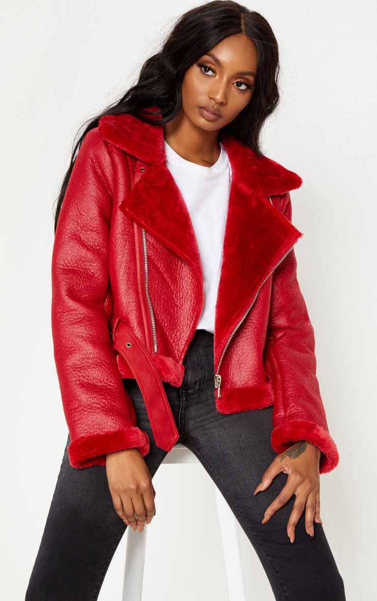 RED CROPPED CONTRAST FAUX FUR PU AVIATOR