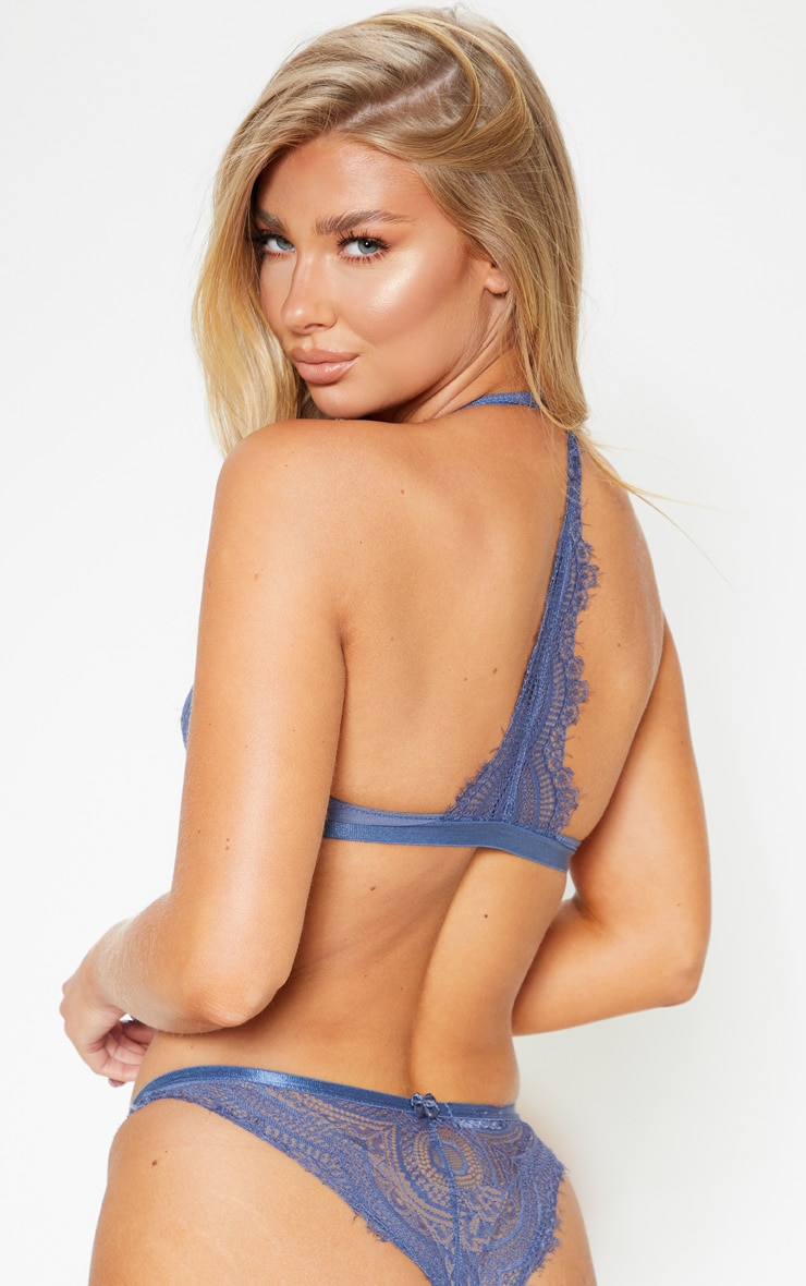 Blue Underwired Clip Front Lace Bra 2
