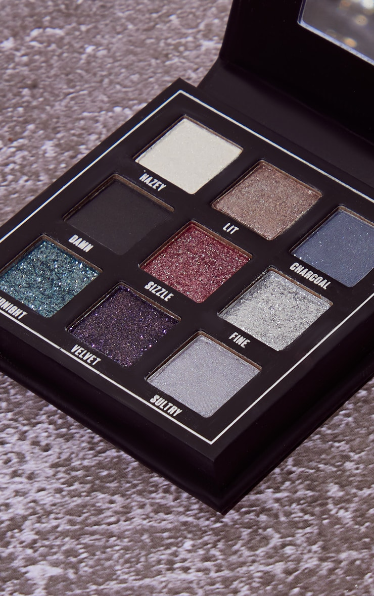 Makeup Obsession Smokin' Eyeshadow Palette 3