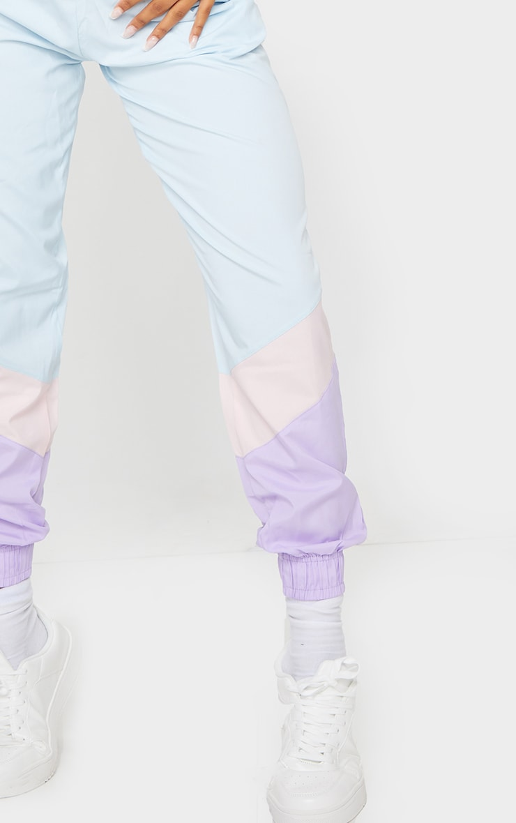Blue Contrast Panel Peached Joggers 4