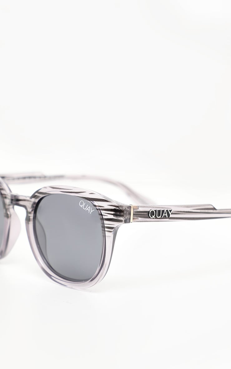 QUAY AUSTRALIA Grey Walk On Sunglasses 3