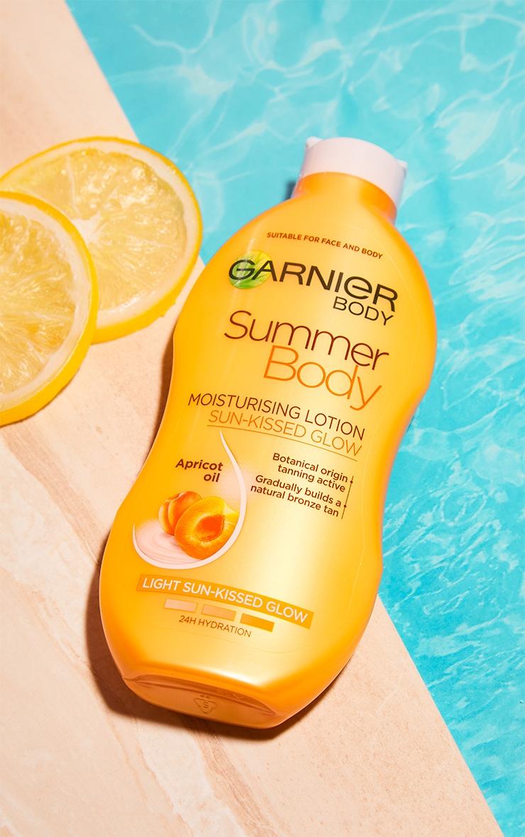Garnier Summer Body Gradual Tan Moisturiser Light 250ml 1