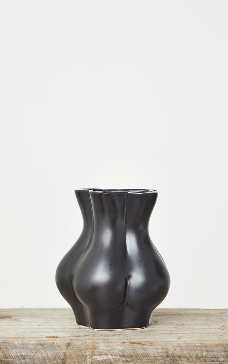 Black Bum Vase 4