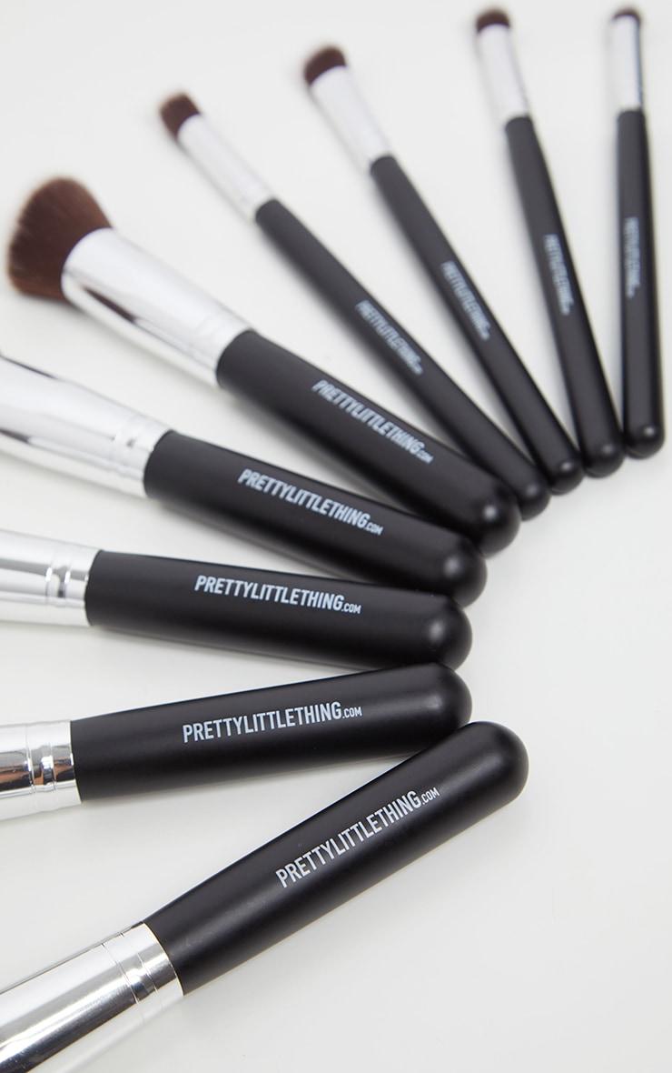 PRETTYLITTLETHING 10 Piece Kabuki Makeup Brush Set 4
