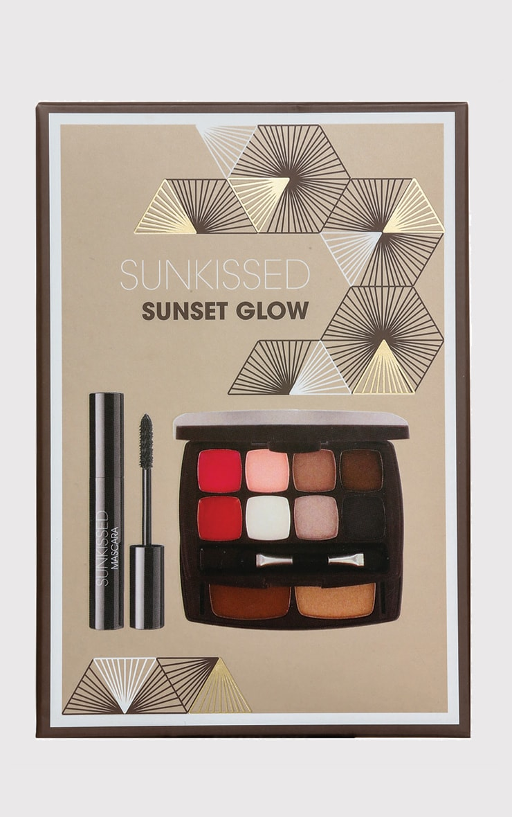Sunkissed Sunset Glow Makeup Compact 2