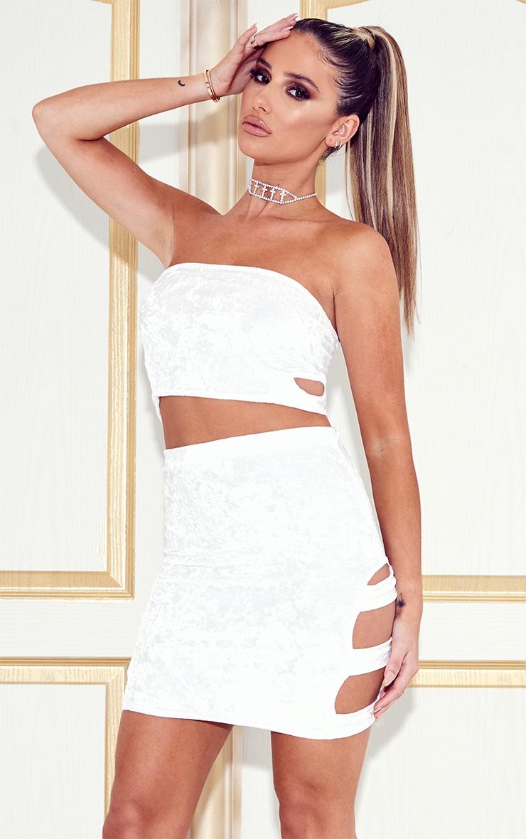 Ensemble bandeau découpé & mini-jupe en velours blanc 1