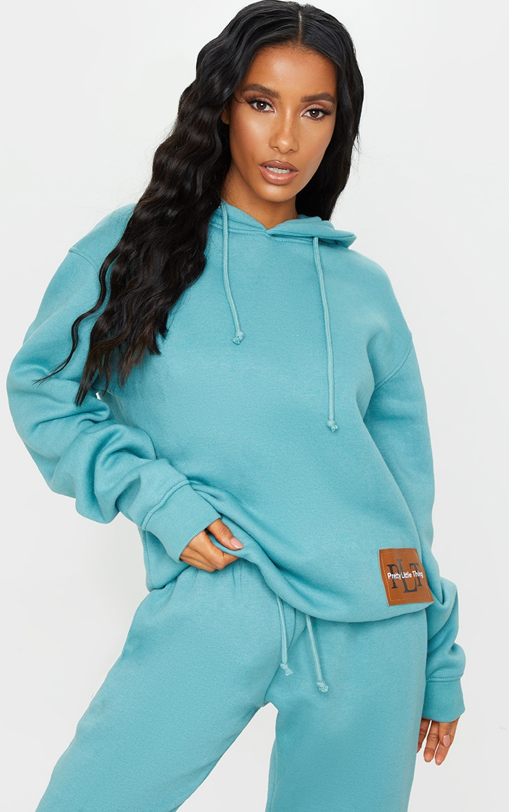 PRETTYLITTLETHING Turquoise Badge Oversized Hoodie 3