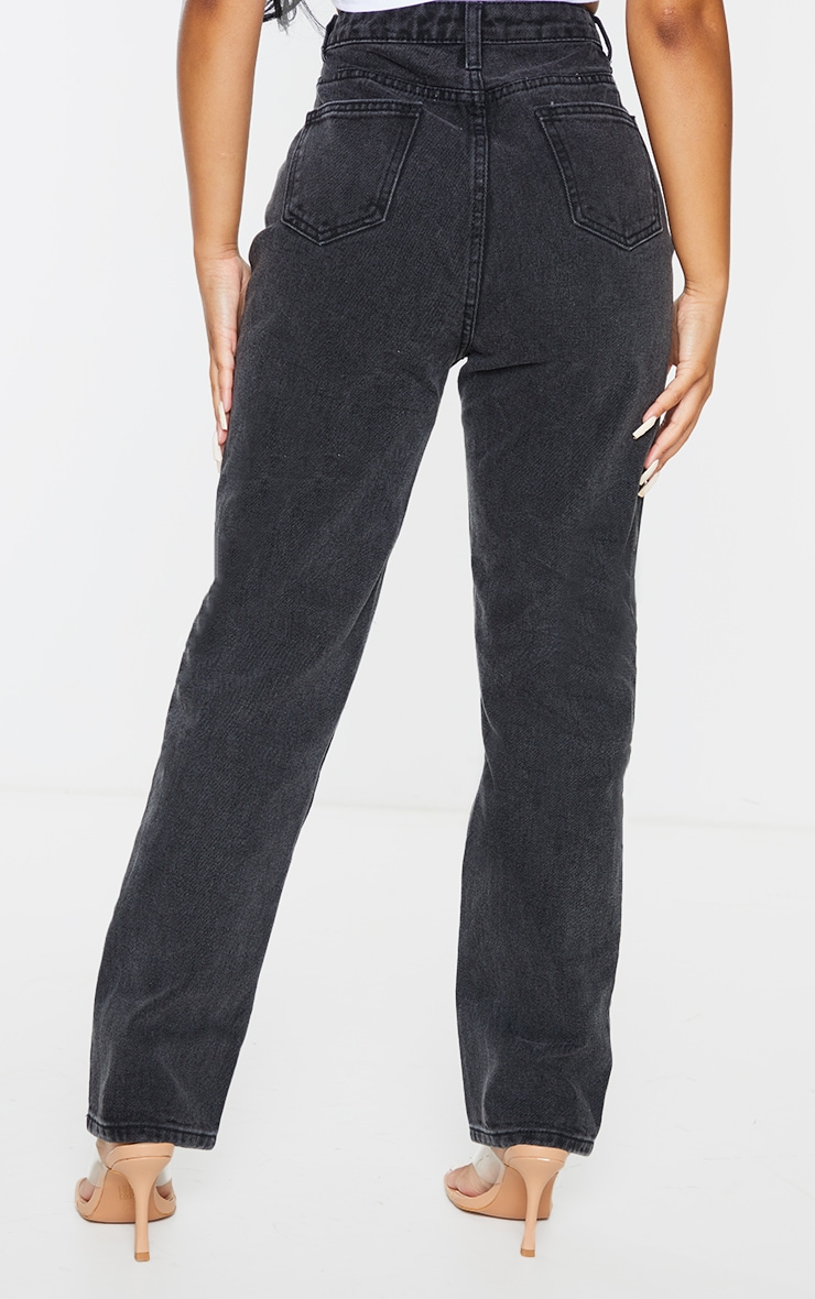 PRETTYLITTLETHING Petite Black Straight Leg Jeans 3