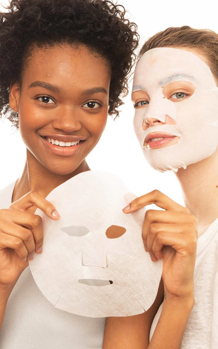 Garnier Moisture Bomb Sakura Hydrating Sheet Mask Dull Skin 3