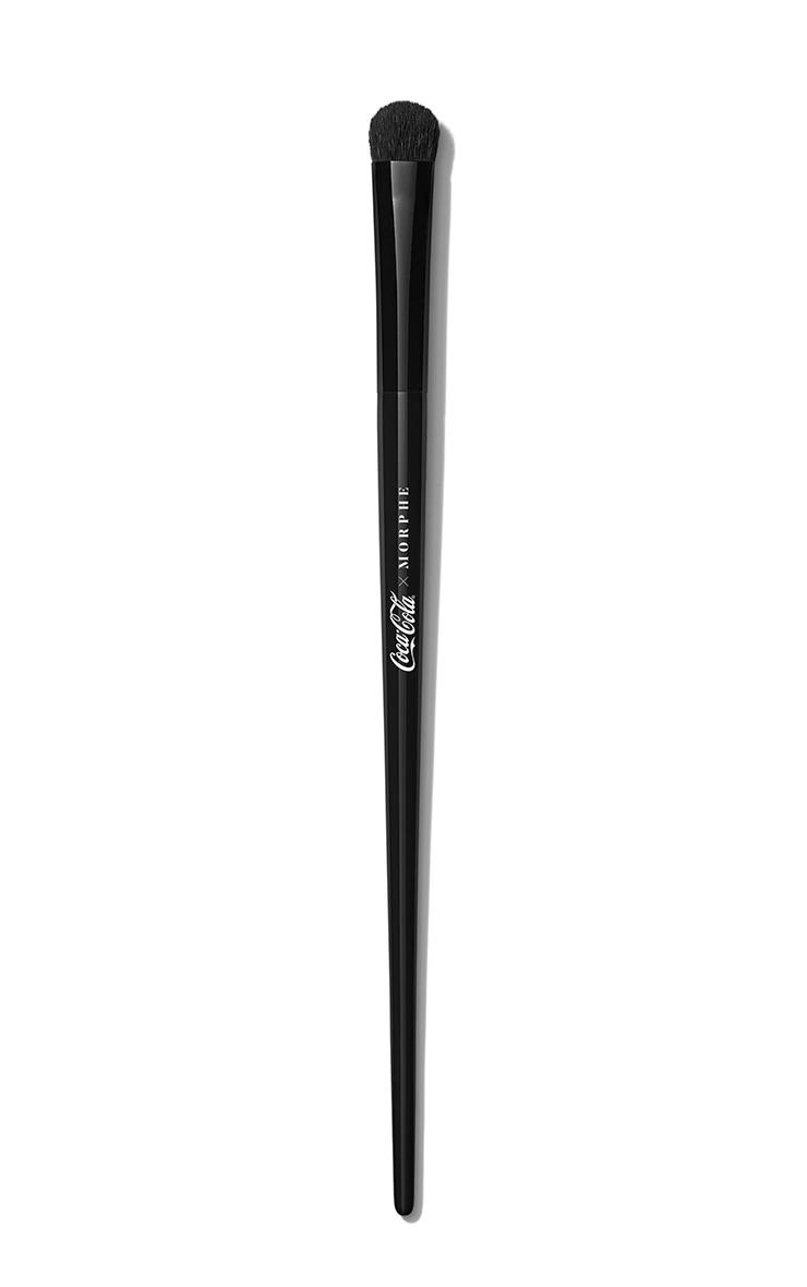 Coca-Cola X Morphe Sweep The Peace 5-Piece Eye Brush Set+ Bag 3
