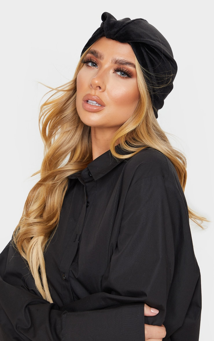 Black Velvet Knotted Turban 1