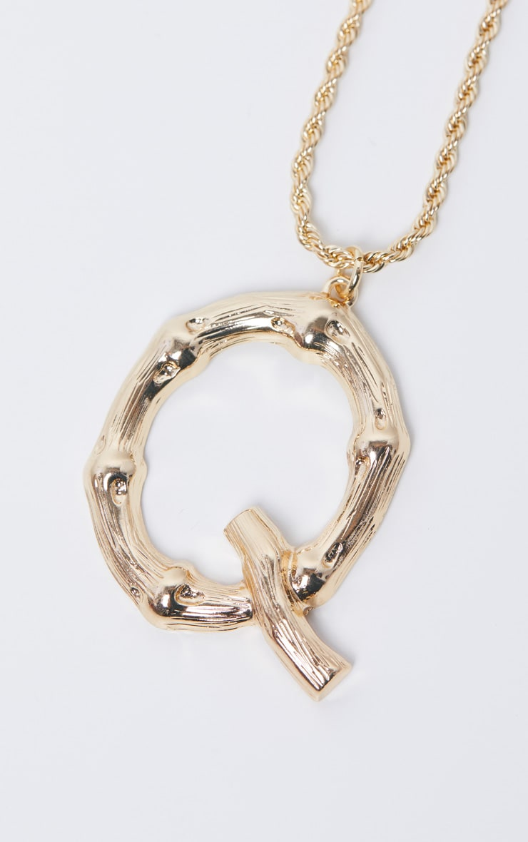 Gold Q Bamboo Letter Necklace 4