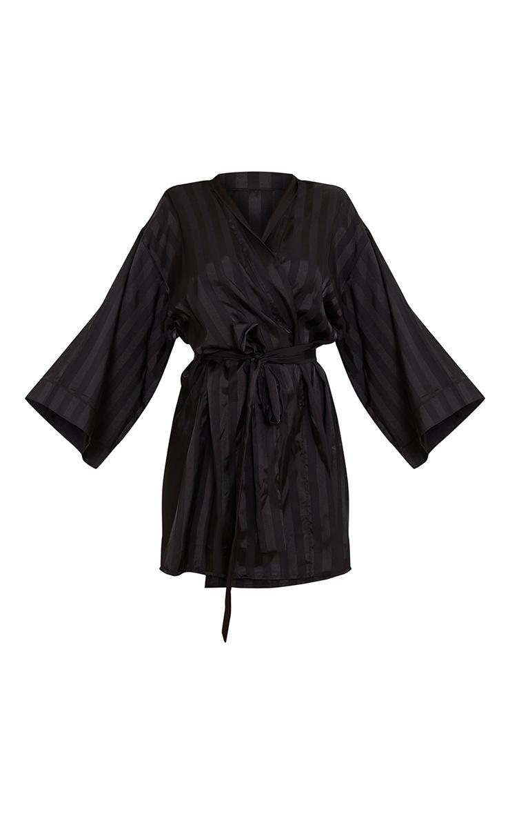 Robe de chambre oversize noire satinée à rayures 5